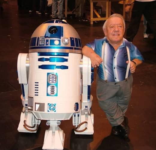 triste nouvelle - Kenny Baker et R2D2